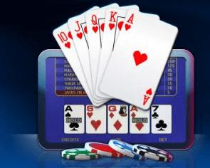 Videopoker skjerm med spillkort